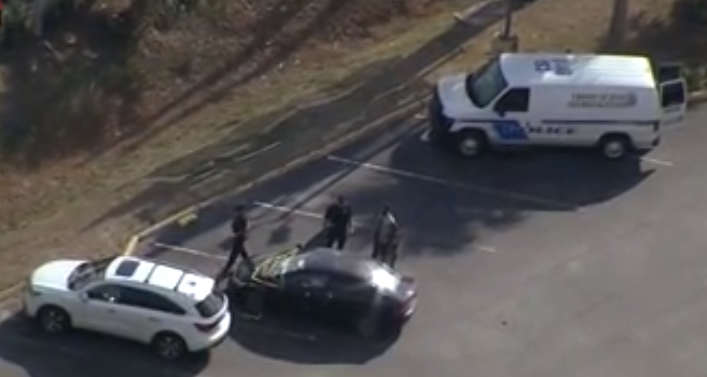 美国芝加哥因抢车道爆发枪击案 2岁男童头部中弹