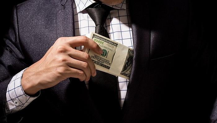 西藏原工商局副局长赵世军受贿3904万,退休后收钱收礼更加肆无忌惮