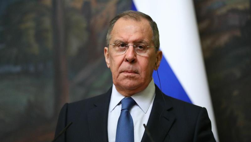 俄外长:西方国家纵容乌克兰违反明斯克协议
