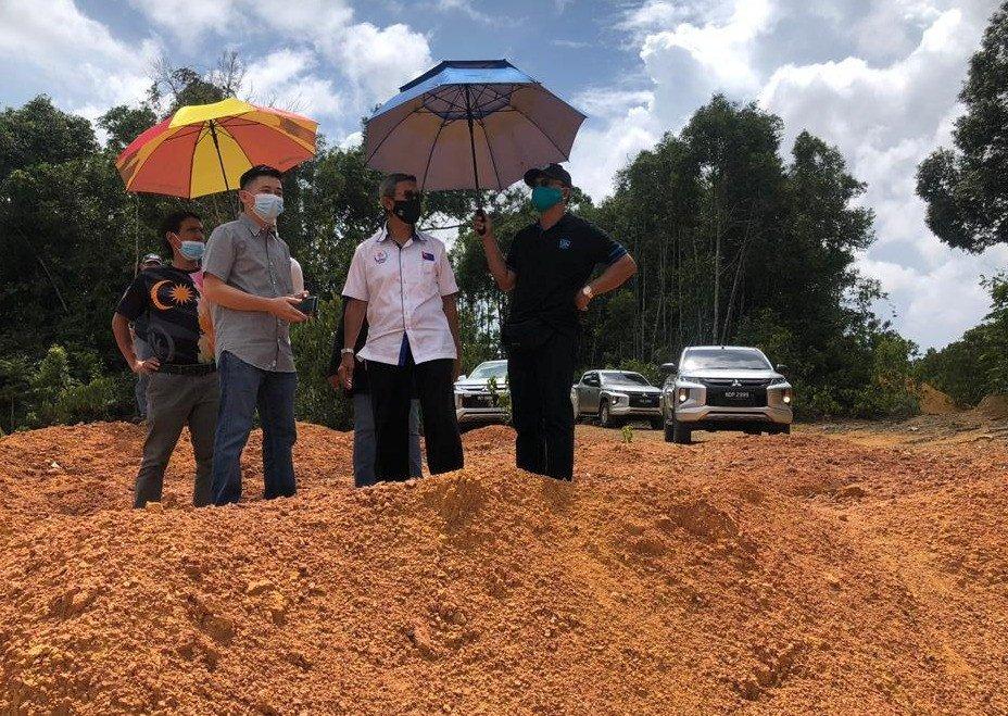 柔佛州政府访问LOOI KAM YONG提议项目土地