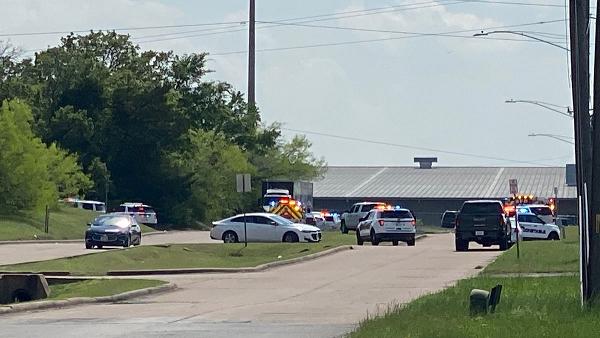 美国得克萨斯州布莱恩市发生枪击案 造成7人受伤