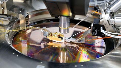 PsiQuantum与格芯携手打造全球首台全规模量子计算机