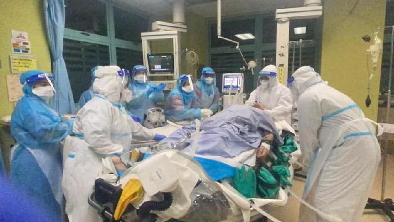 马来西亚疫情严峻 重症监护室超负荷运转