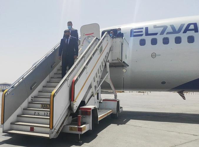 以色列外长13年来首访埃及 商讨巩固巴以停火