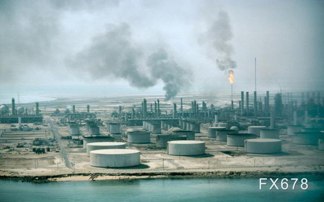 """国际油价料维持涨势,美欧加快""""自我放飞""""步伐"""