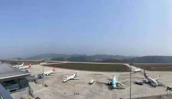 十堰武当山机场五一迎客流高峰,创三个新高