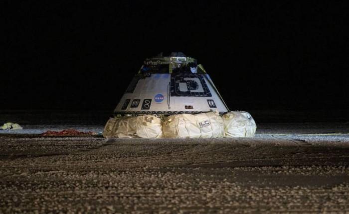 """波音公司的""""星际客机""""完成了""""前往""""国际空间站的模拟任务"""