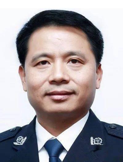 """万凯任江西省公安厅常务副厅长,曾获评""""任长霞式公安局长"""""""