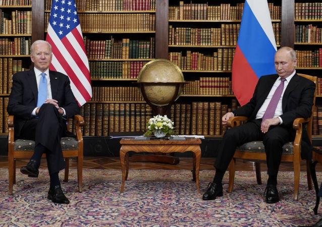 俄媒:普京和拜登结束近2小时小范围会谈
