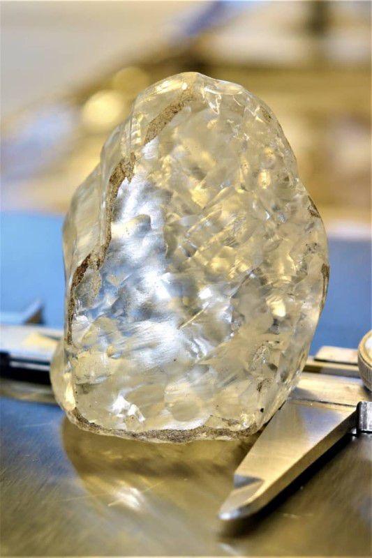 1098克拉!博茨瓦纳发现巨型钻石,世界第三大