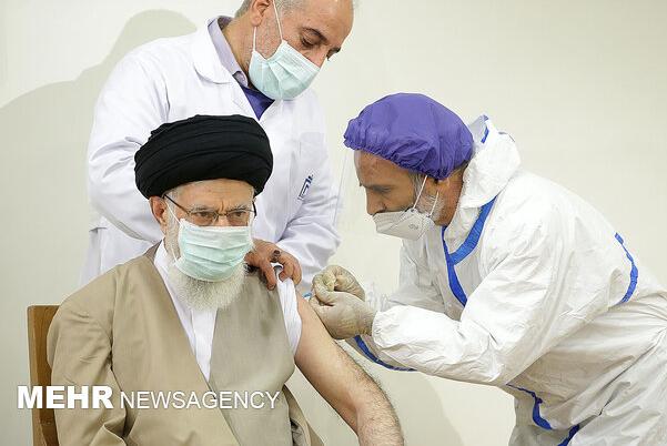 伊朗最高领袖哈梅内伊接种伊朗国产新冠疫苗