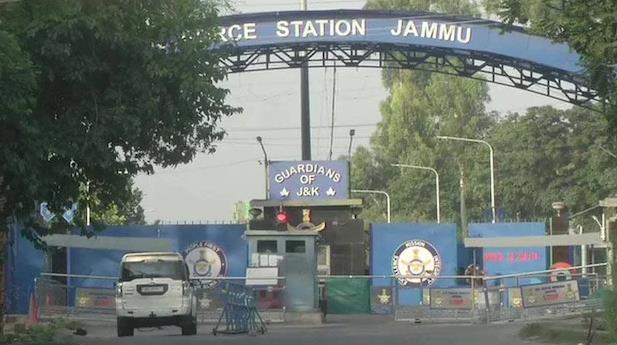 印度边境一空军基地发生两起爆炸 或有无人机涉事