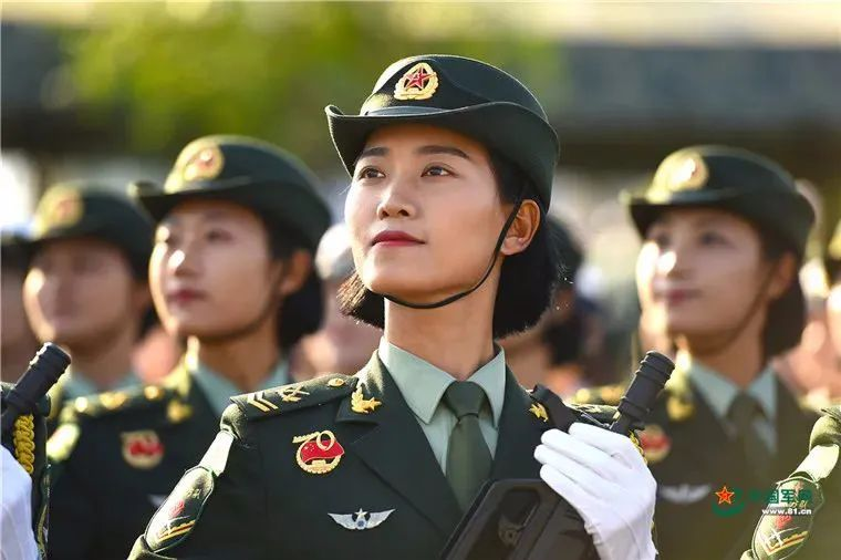 湖南女生速看!女兵征兵报名开始了!