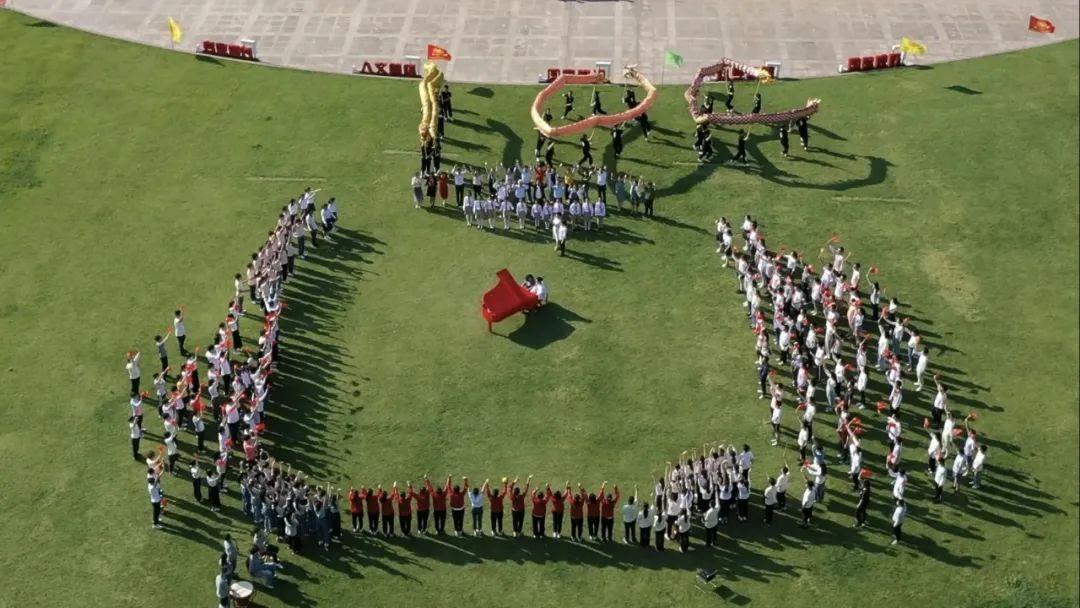 庆祝建党百年!几代复旦人共唱经典红歌,用初心唱响下一个百年!