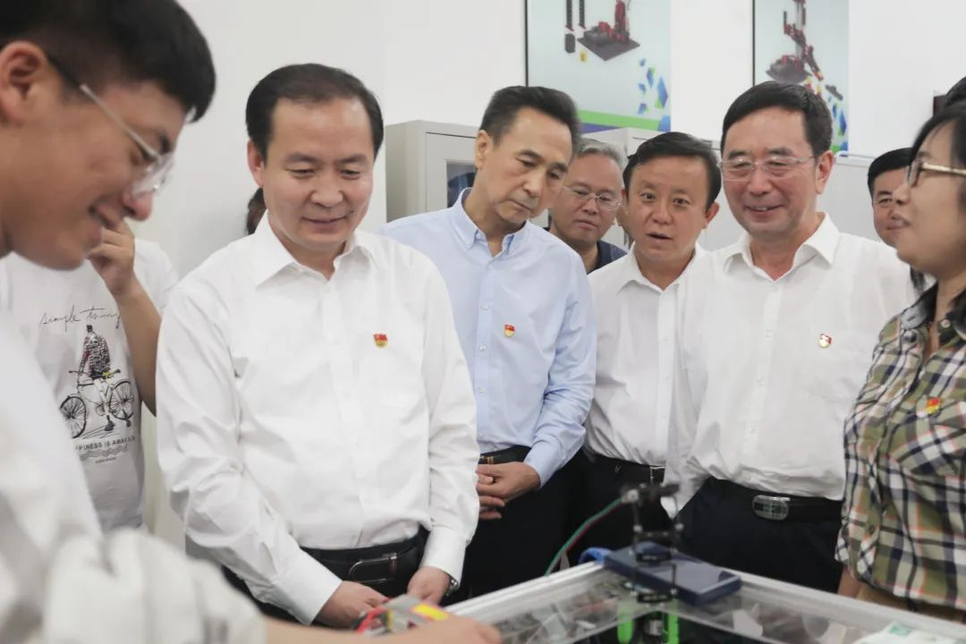 鄂尔多斯应用技术学院唱响《中国人民志愿军战歌》@内蒙古艺术学院,我们期待!