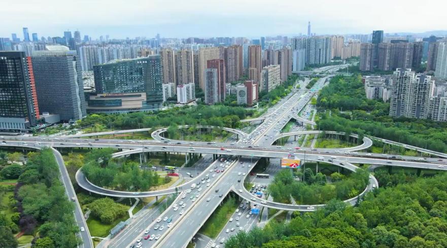 揭秘新中国第一条自主建设的铁路!丨《美术经典中的党史》邀您走近油画《开路先锋》……