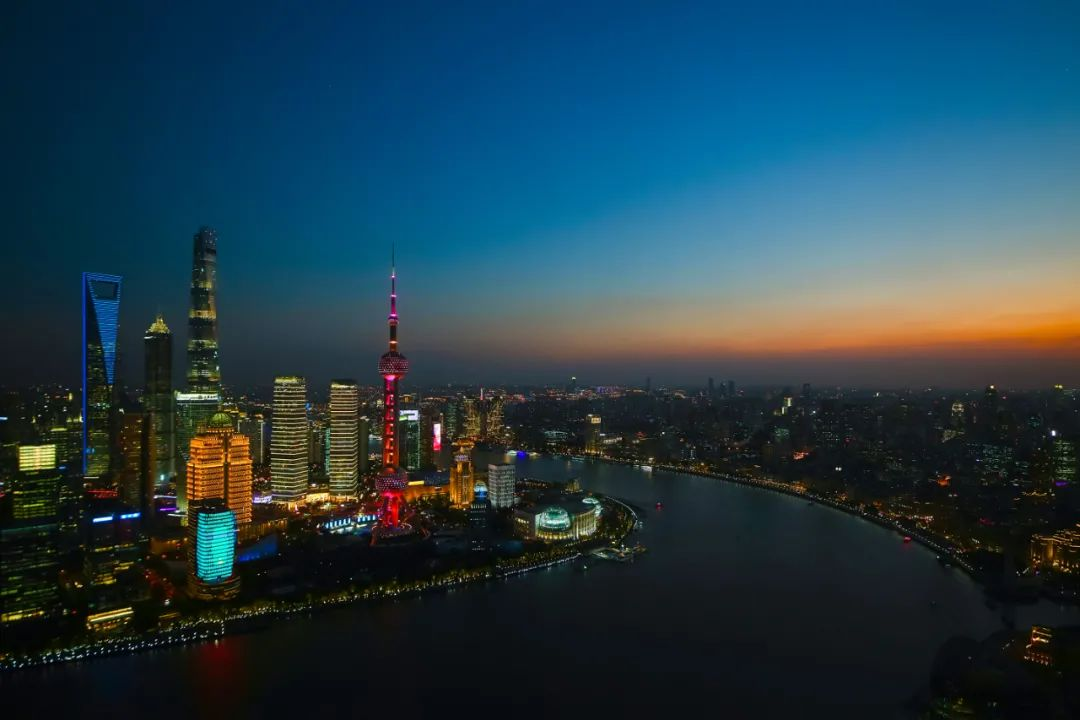 洲际船务与上海石油天然气交易中心共探合作空间