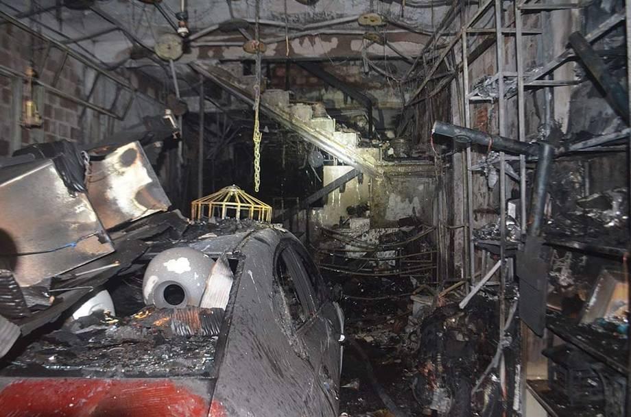 越南广义省一电器店发生火灾 致4人死亡