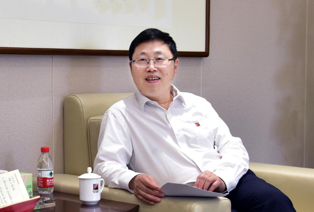 """浙能董事长胡仲明:""""双碳""""目标下传统能源企业全方位转型势在必行"""