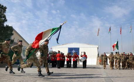 意大利驻阿富汗部队撤离回国