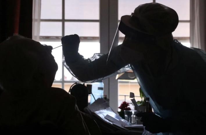 比利时老人感染2种新冠变异毒株 确诊5天后死亡