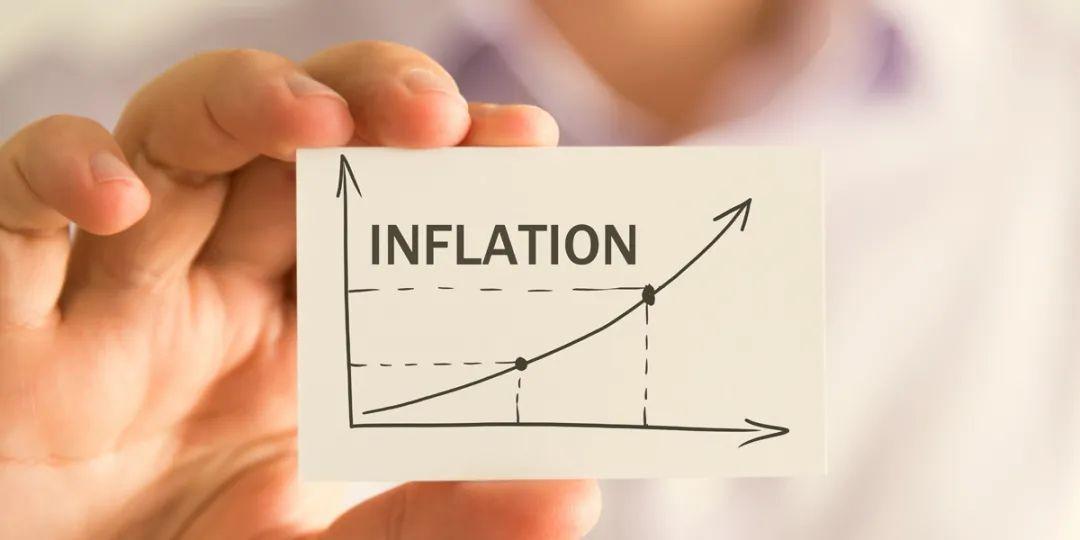 """中金   海外:大超预期的通胀 vs. 相对""""淡定""""的市场"""