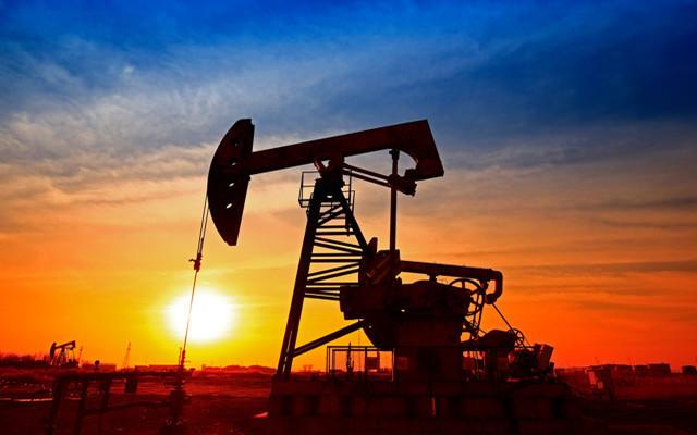 原油期货震荡上行 下半年供应或偏紧