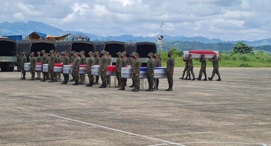 菲律宾军方更正军机坠毁事故死亡人数为52人