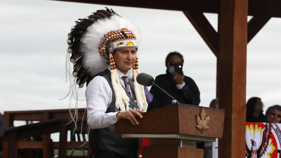 加拿大政府与原住民部落签署归还儿童福利责任的协议