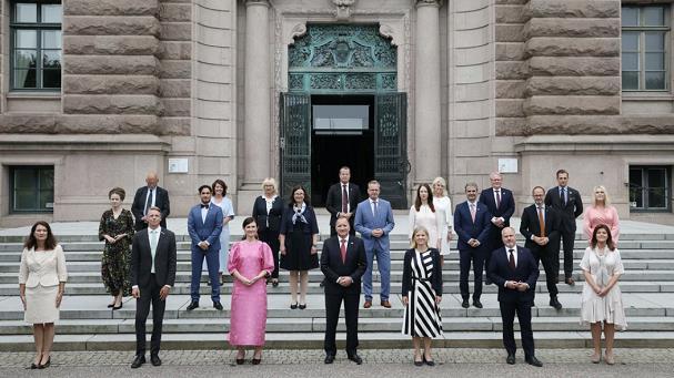 瑞典首相勒文以原有名单组阁新政府