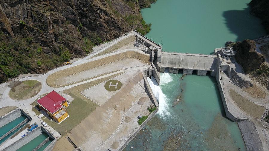 尼泊尔最大水电站上塔马克西水电站首台机组并网发电 中国电建承建