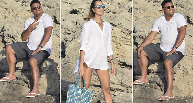 肥罗携女友海边度假 比V拍照憨态可掬