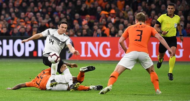欧预赛-舒尔茨绝杀 德国客场3-2荷兰