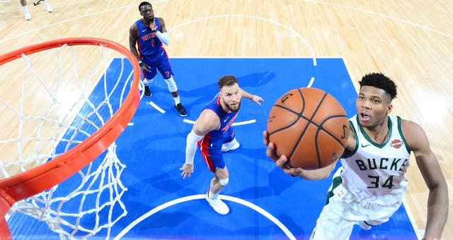 [NBA季后赛]雄鹿总分4-0横扫活塞晋级次轮