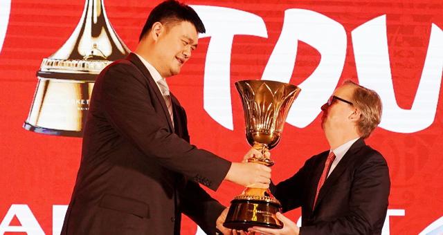 姚明出席篮球世界杯倒计时100天活动