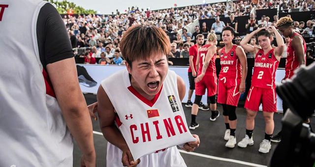 中国3X3女篮全胜夺得世界冠军!