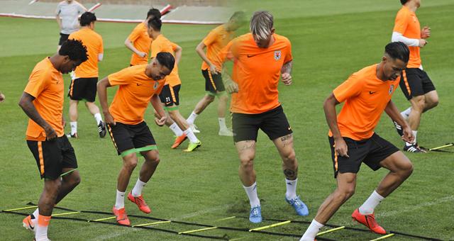 鲁能训练备战亚冠次回合 归化球员德尔加多现身