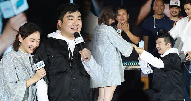 《长安十二时辰》总制片人求婚奥运冠军何雯娜