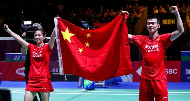 羽毛球世锦赛雅思组合卫冕成功 成历史第三对