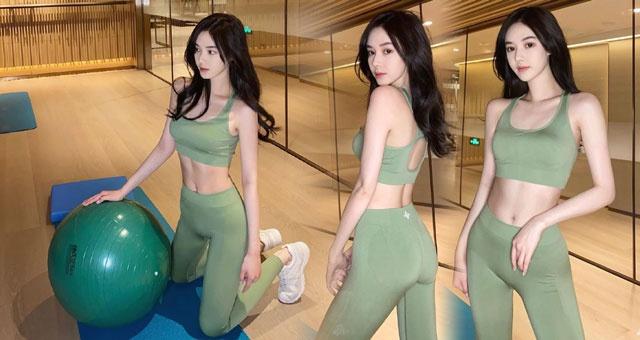 网红美女爱健身秀马甲线大长腿 看她运动太养眼