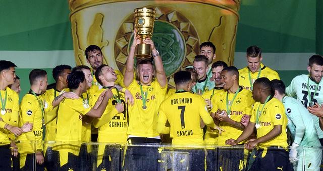 [德国杯决赛]多特蒙德4-1夺冠 哈兰德两球