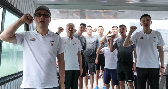 遼寧男籃慶祝建黨百年 楊鳴郭艾倫重溫入黨誓詞