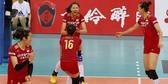 中日女排精英赛第3场中国3-0日本
