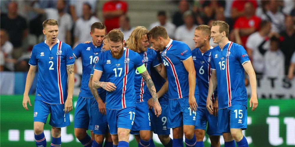 新浪直击冰岛2-1英格兰 冰岛首进8强将战法国