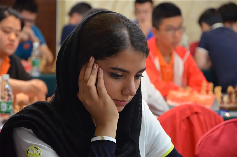 高清-国象联赛伊朗外援靓丽出战