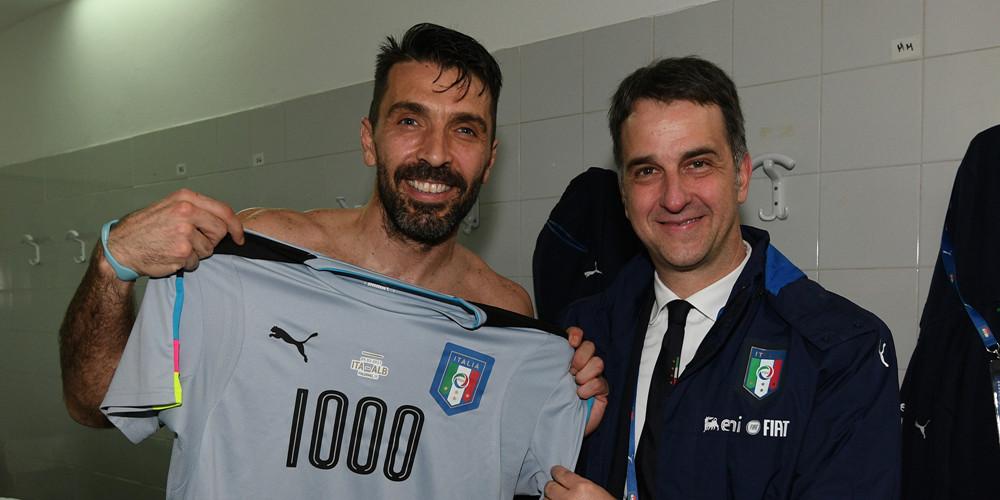 世预赛-意大利2-0胜 传奇!布冯生涯1000场