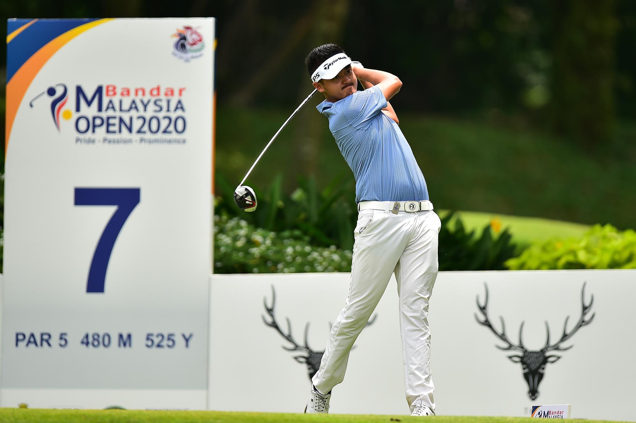 亚巡马来西亚赛次轮未完赛 刘晏玮轰65杆冲至第二