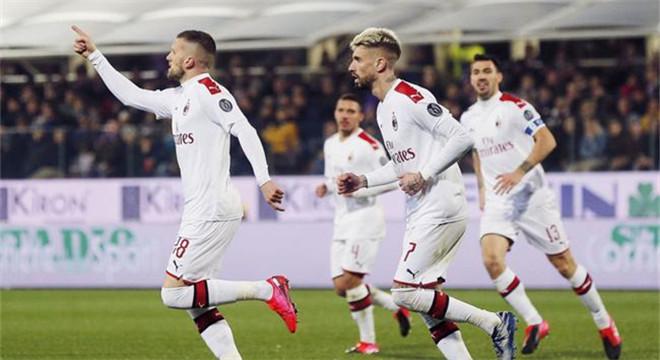 意甲-伊布进球无效+造红 雷比奇8场7球 AC米兰1-1
