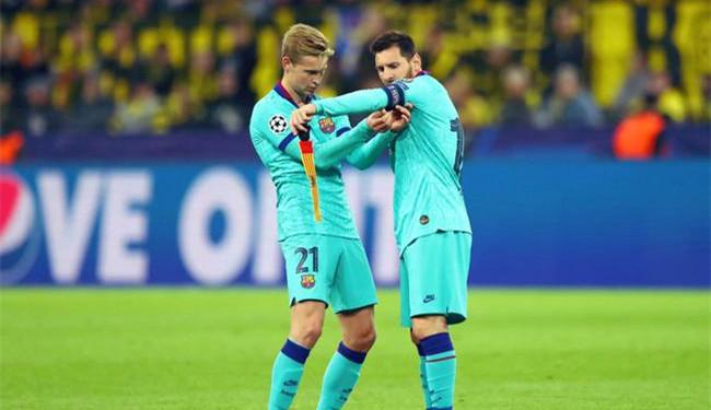欧冠-梅西替补出场 罗伊斯丢点 巴萨客平多特蒙德
