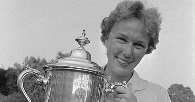USGA将以米奇-莱特命名美国女子公开赛冠军奖牌